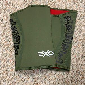 NWOT Limited Edition EXO Knee Sleeve sz Large